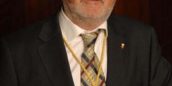 L'alcalde del nostre municipi renuncia al seu sou