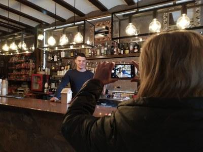 2020.10.17 Torres de Segre impulsa els comerços i serveis locals per a fomentar el consum de proximitat (Restaurant Brasseria).jpg