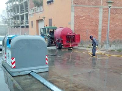2020.03.21 Torres de Segre neteja i desinfecta la via pública i equipaments municipals 1.jpeg
